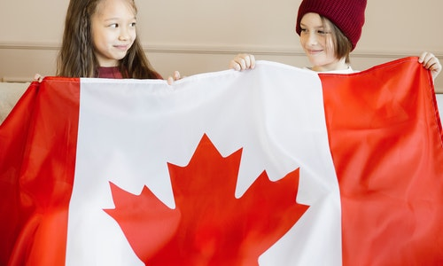How to Receive a Child Benefit in Canada?